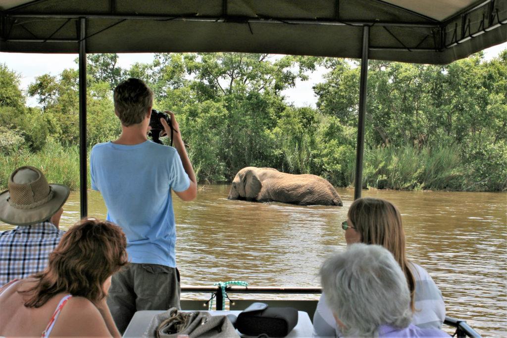 Kaingo Boat Safari