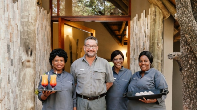 Tambuti Lodge Staff Greeting